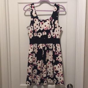 Like new floral dress